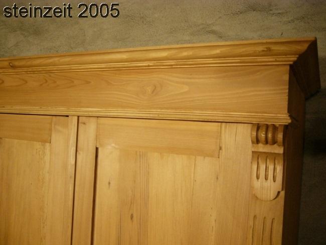 schrank antik kleiderschrank weichholz gr nderzeit um 1900. Black Bedroom Furniture Sets. Home Design Ideas