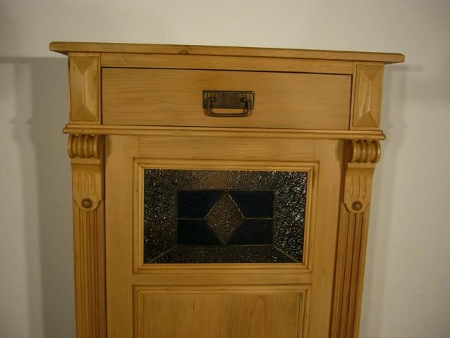 Vertiko schmal antik Weichholz Bleiglas Schrank alt um 1900 Jhd.