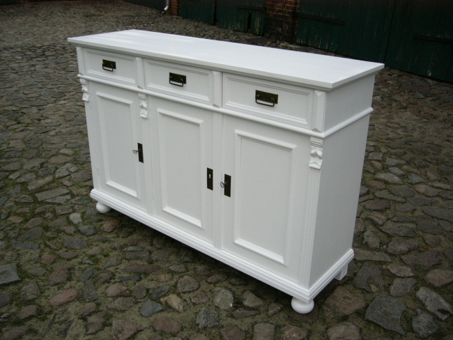 anrichte sideboard wei im landhaus stil massiv kommode nr 192386069785 oldthing. Black Bedroom Furniture Sets. Home Design Ideas