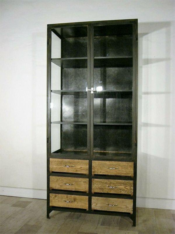 Vitrine Eisen Werkstatt restauriert Industrie Design 1930 Jhd.