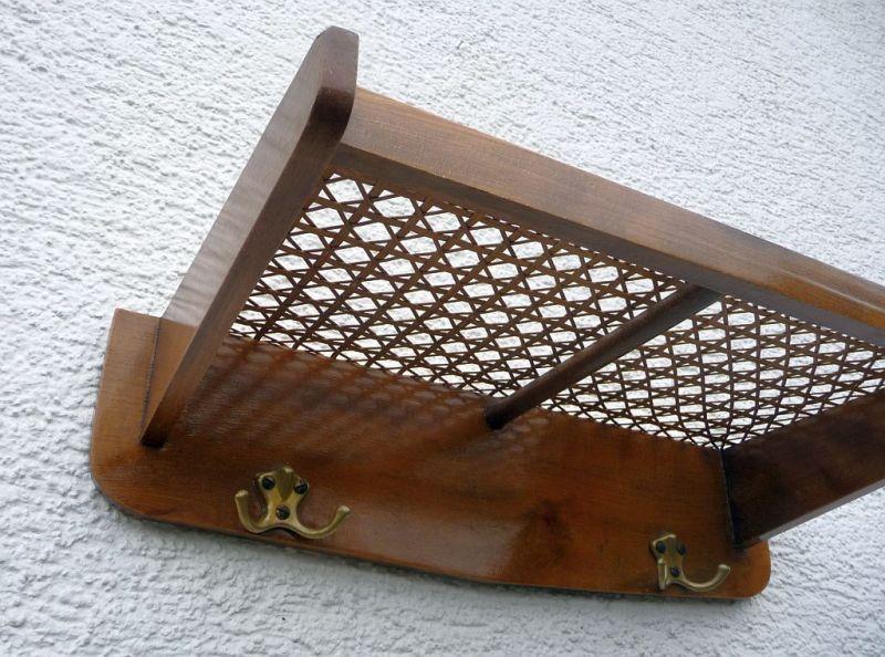Garderobe hutablage im wiener geflecht der 50er oldthing for Garderobe hutablage
