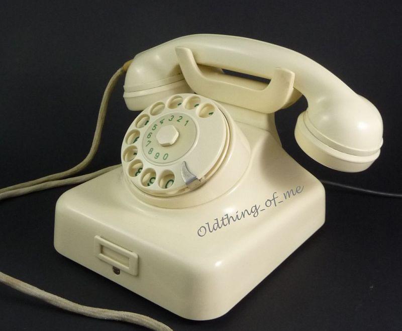 Telefon W49 hellelfenbeinweiß Hagenuk umbaubar