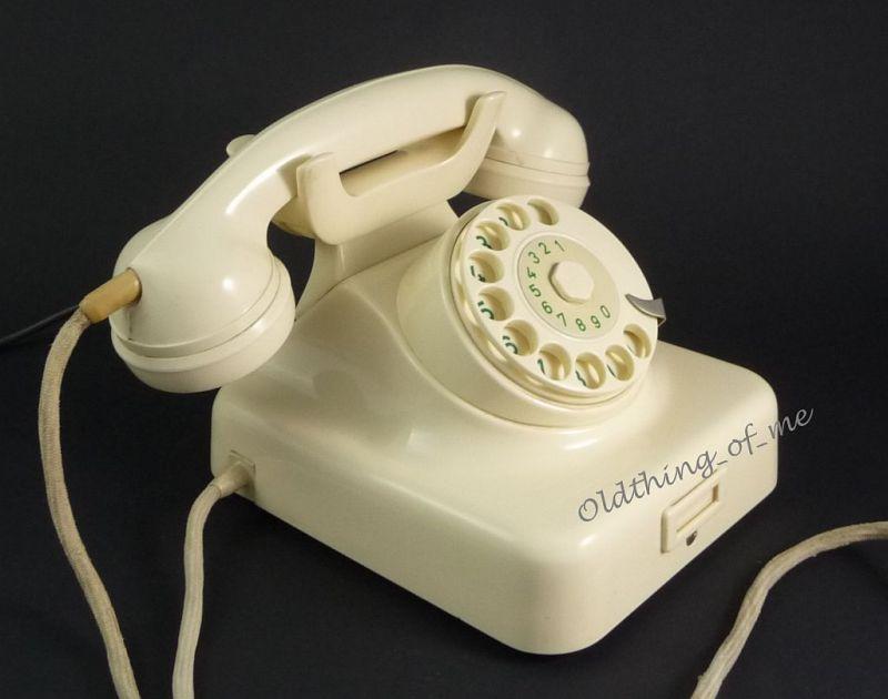 Telefon W49 hellelfenbeinweiß Hagenuk umbaubar 1