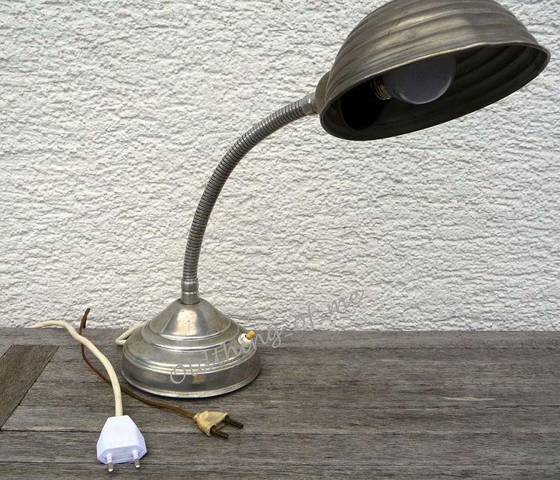 antikeTischlampe Arbeitslampe Schwanenhals ähnlich Bag Turi 1