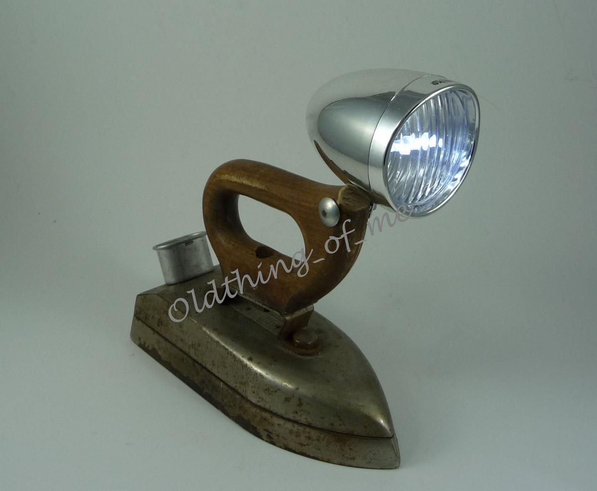 DIY altes Bügeleisen Lampe Tischlampe 1