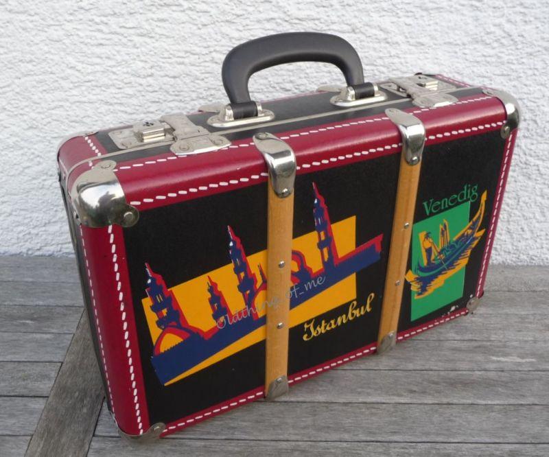 Kinderkoffer Retro Globetrotter schwarz rot 1