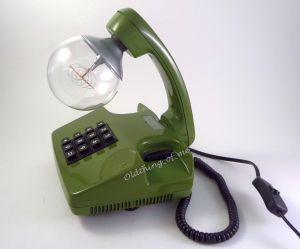 Grünes Tasten Telefon als Tischlampe