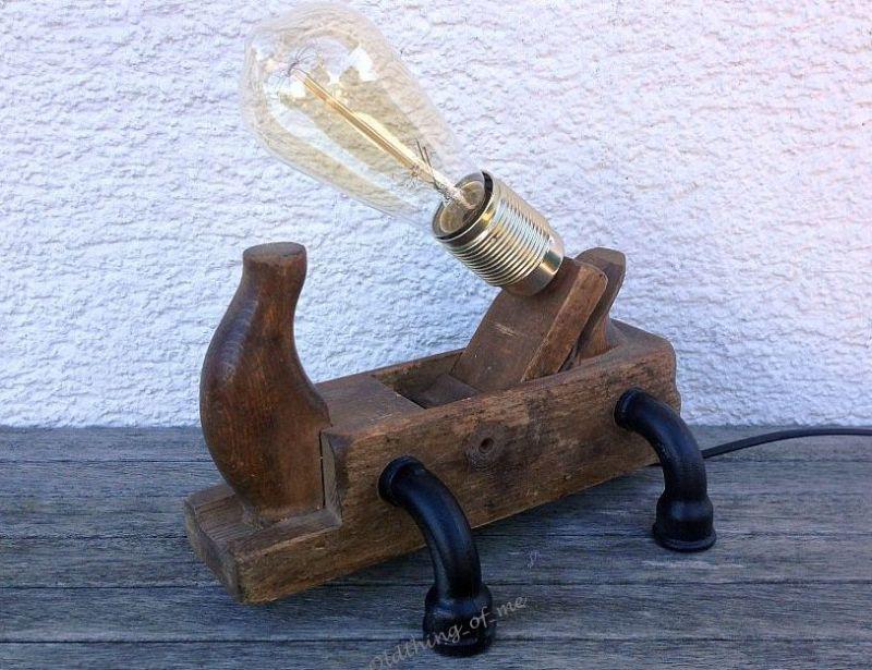 Steampunk Tischlampe Hobel