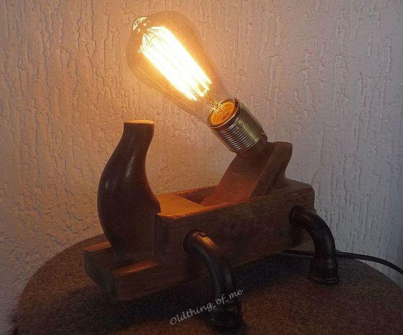 Steampunk Tischlampe Hobel 1