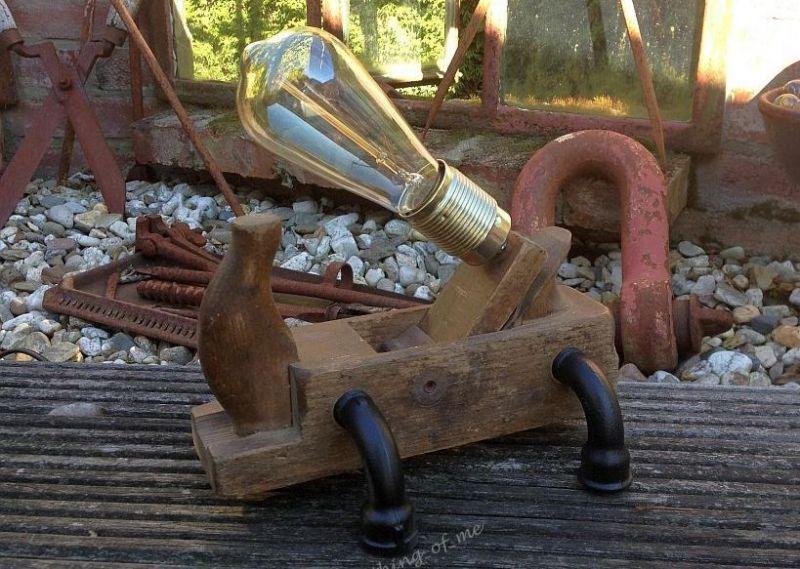 Steampunk Tischlampe Hobel 2