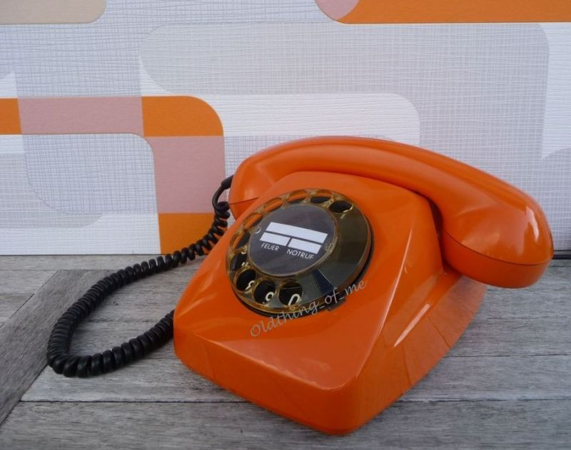 Telefon orange 611 will telefonieren