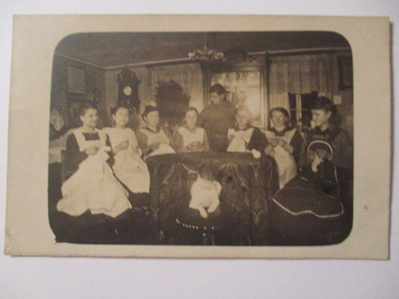 Berufe, Frauen, Näherinnen, Fotokarte ca. 1910 (32879)
