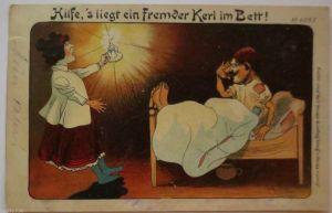 Scherzkarte, Da liegt ein Fremder in meinem Bett, sign. Rudolf Wolf 1902 (23741)