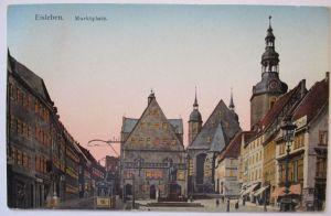 Eisleben, Marktplatz, Häuser haben gold-leuchtende Fenster (31003)