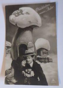 Neujahr, Männer, Frauen, Mode, Blumen, Pilze,      1930 ♥ (67616)