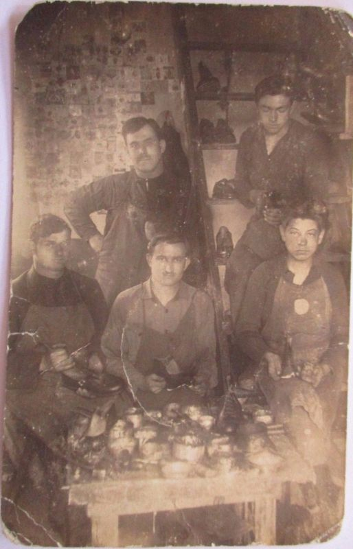 Berufe, Schuhe, Schuster, Schuhmacher, original Foto 1928 (17928)