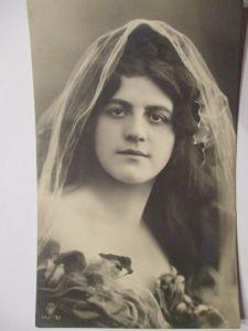 Frauen, Schleier Fotokarte 1917 aus Prosslin (14372)