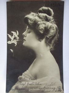 Ada Battke, Schriftstellerin, Fotokarte 1906 (14291)