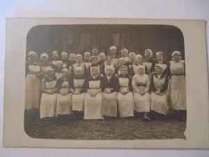 Berufe, Frauen, Hauswirtschaft, Köchinen,Schulklasse, Fotokarte ca. 1930 (28879)