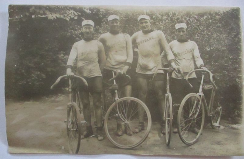 Fahrrad, Hannover Verein RV Pfeil, Radfahrer Fotokarte 1921 (54011)