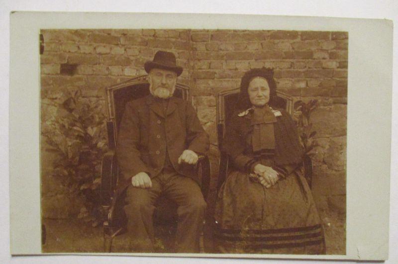 Mann und Frau, Ehepaar, Fotokarte ca. 1900 (32006)