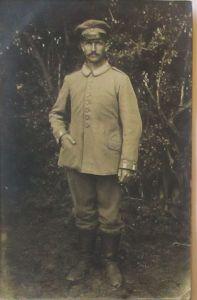 Frankreich, Kämpfe im Bois-brûlé, Soldat Garde Ers. Div Fotokarte 1915 (44701)