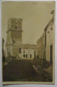 Frankreich, zerstörte Kirche, Ortskommandantur 227, 1917 nach Schierstein (9439)