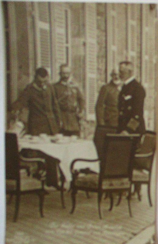 Kaiser Wilhelm II. und Prinz Heinrich zum Tee bei General von Heeringen (16817)
