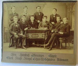 Junge Männer, original Foto 14x10 cm auf Pappe ca. 1900 (58842)