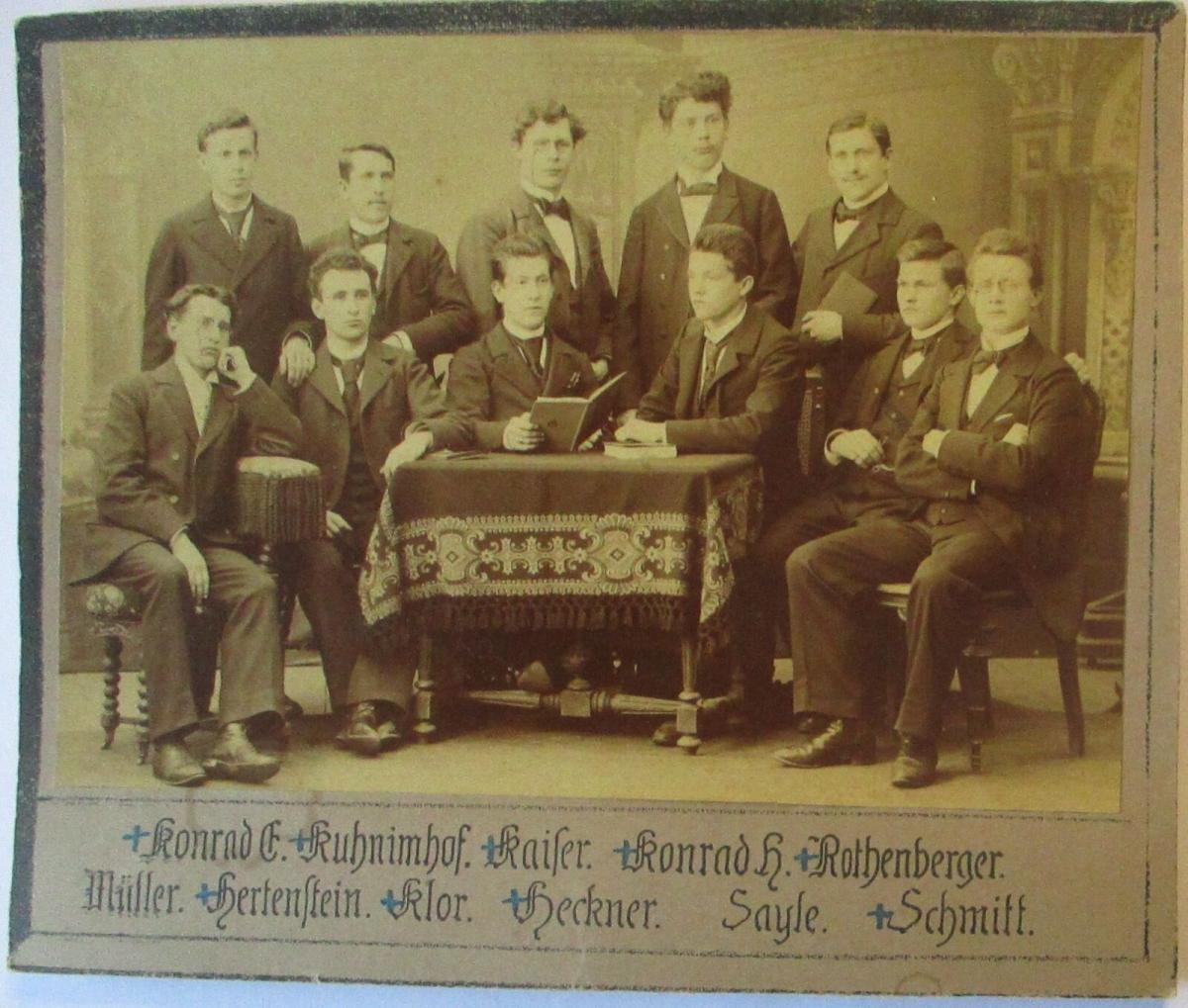 Junge Männer, original Foto 14x10 cm auf Pappe ca. 1900 (22879) 0