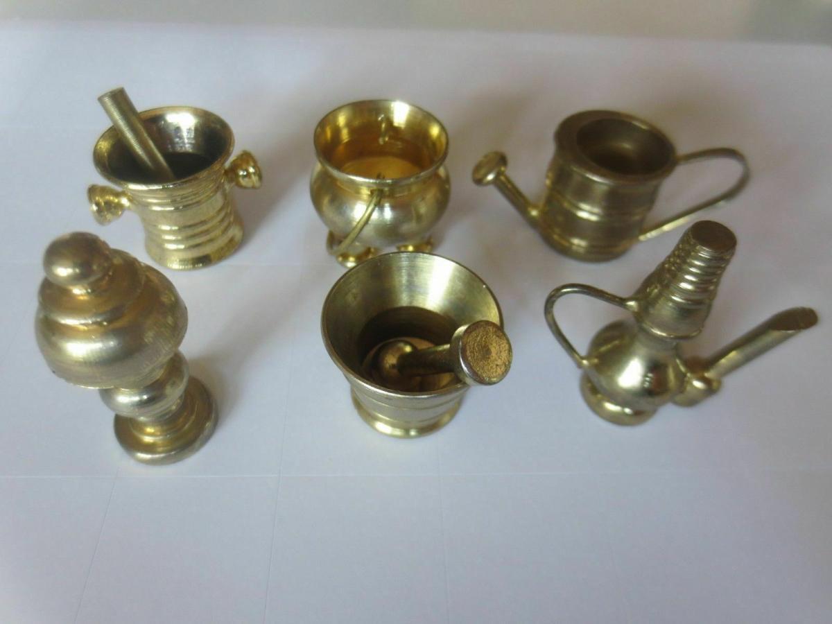 Puppenstuben, Zubehör,  Geschirr, Metall, Messing,  für die Puppenküche ♥ 0