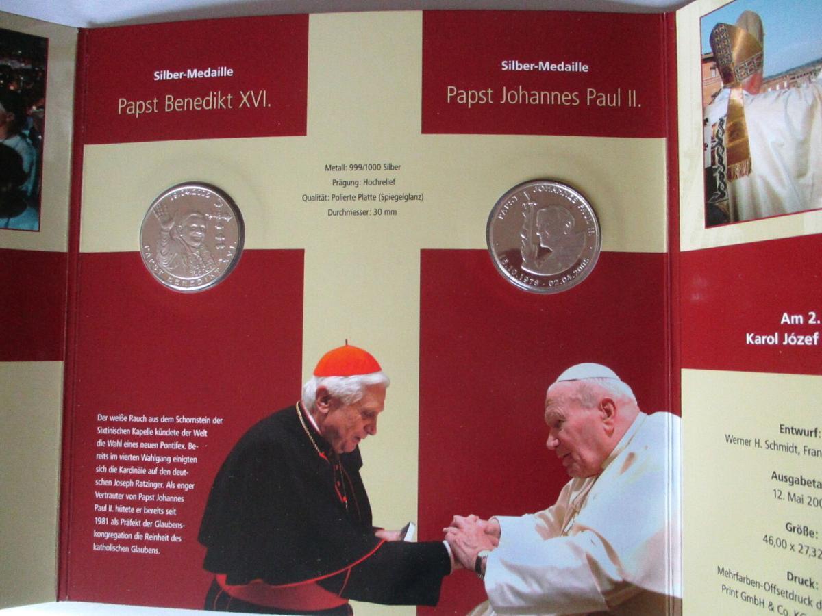 Papst Benedikt in Deutschland, 2 Silbermedaillen im Folder + Hülle 1