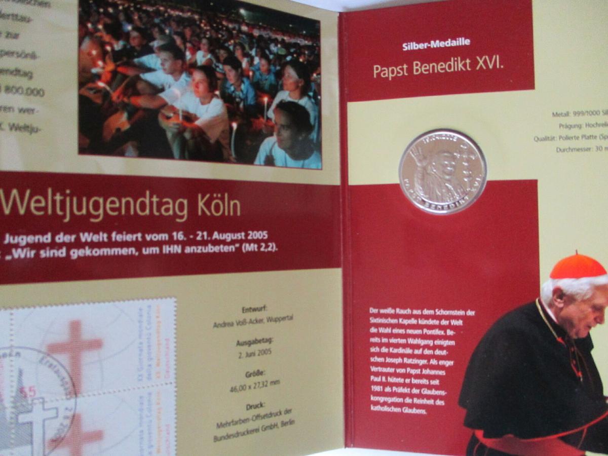 Papst Benedikt in Deutschland, 2 Silbermedaillen im Folder + Hülle 2