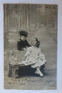 Kinder, Bank, Soldat, Lesen, Mode,    1906 ♥ (41106)