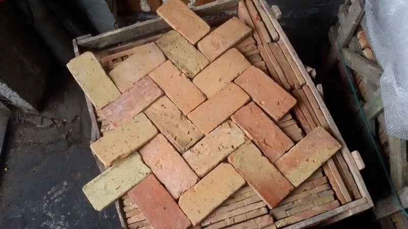 Fußboden Aus Alten Ziegeln ~ Fußboden ziegel urig und rustikal ziegel für die