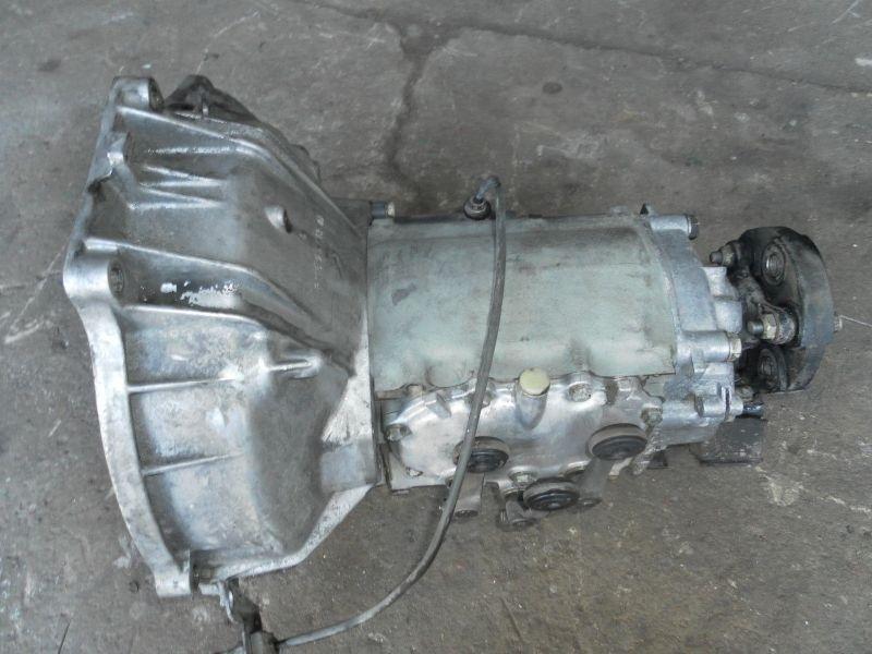 Mercedes Benz W115 Getriebe Schaltgetriebe 4-Gang W123 Oldtimer