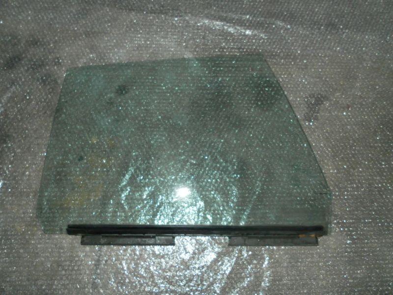 Citroen CX Türscheibe hinten rechts 1. Serie Grüncolor Oldtimer