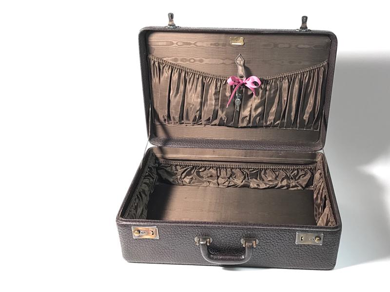 Sehr gut erhaltener Rindsleder-Koffer hergestellt von S. Dresdner, Chicago, (ca. 1935) USA  2