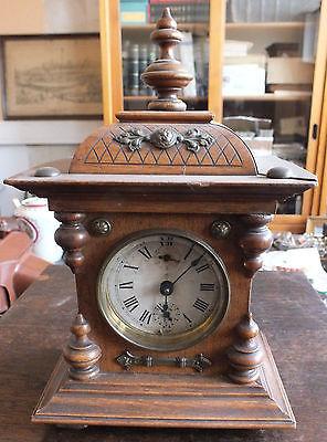 Schöne Tischuhr Uhr mit Weckerfunktion, Gründerzeit, Junghans, volle Funktion