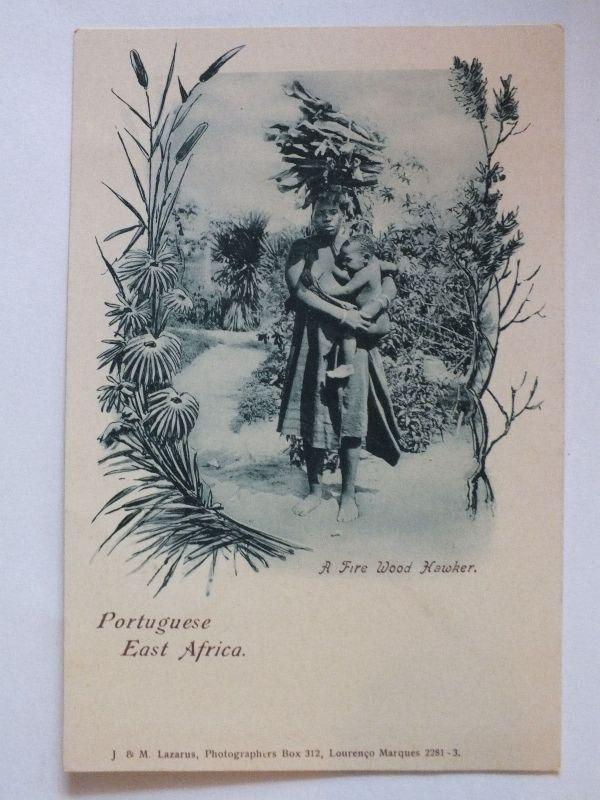 Ak Portoguese East Afrika, Fire wood Hawkers, um 1910 nicht gel., Verlag Lazarus