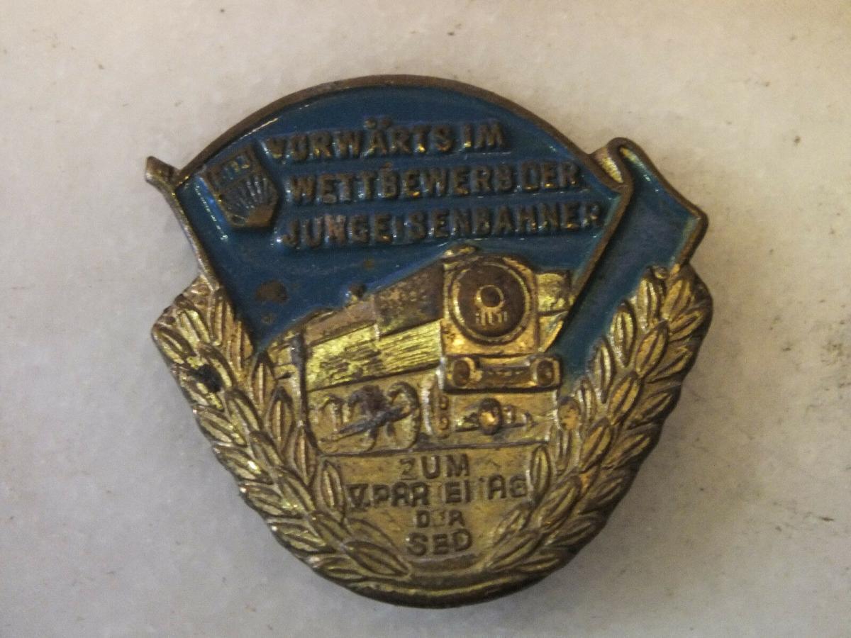 FDJ, Vorwärts im Wettbewerb der Jungen Eisenbahner, zum V. Parteitag der SED