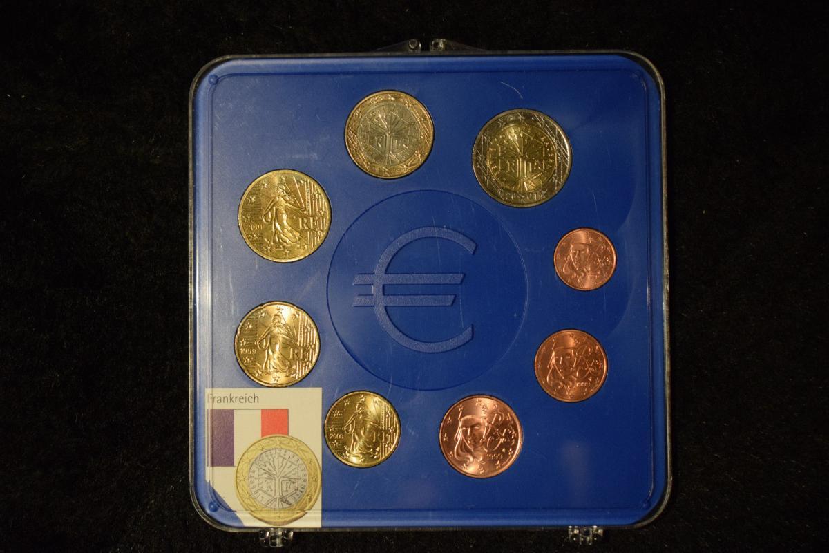 Frankreich 1999/2000/2001 KMS, im original Blister, top Zustand 1Cent bis 2 Euro