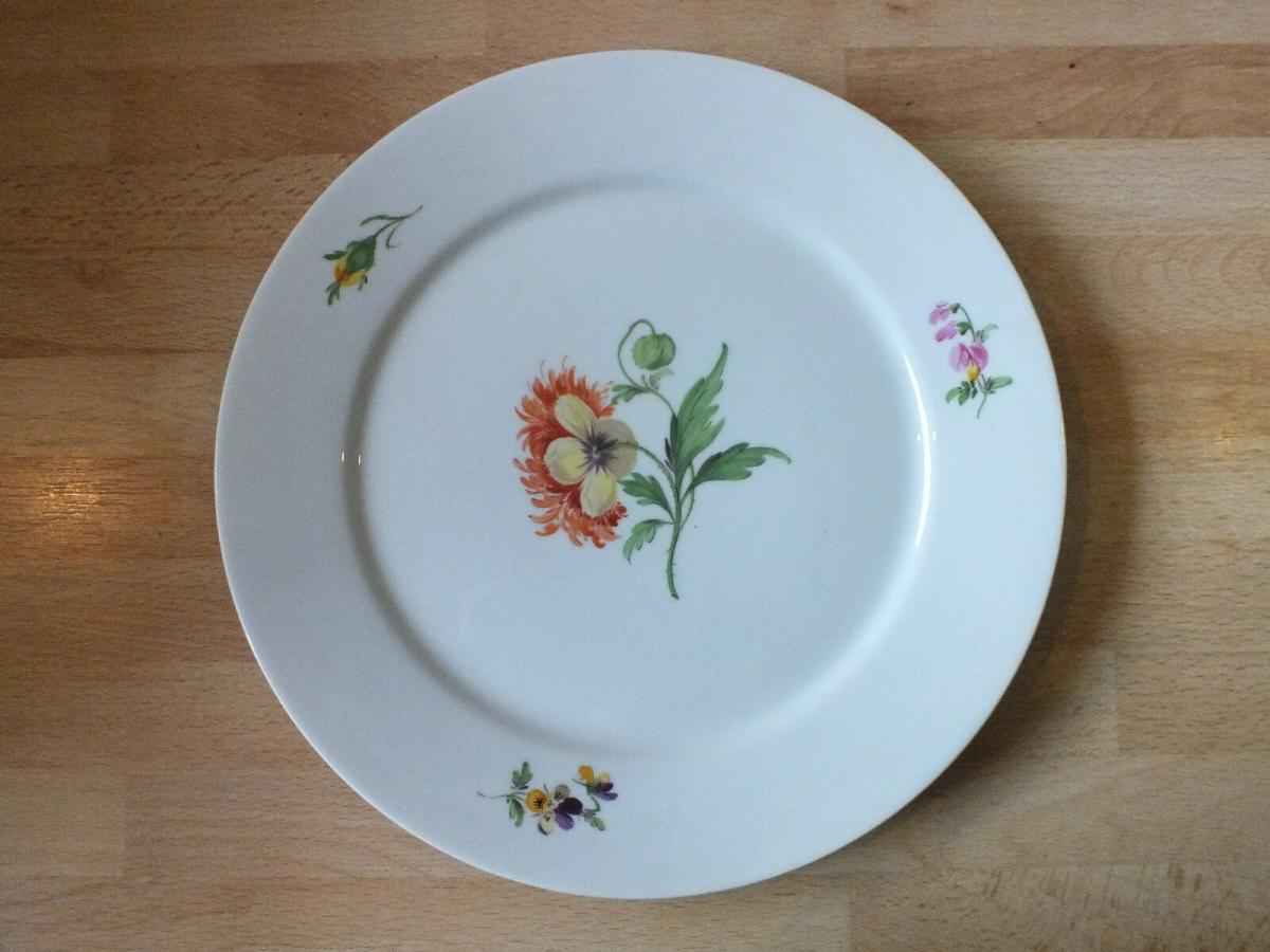 Meissen Teller, Blumenmotiv, unterglasurblaue Marke, 23cm, TOP Zustand!!!