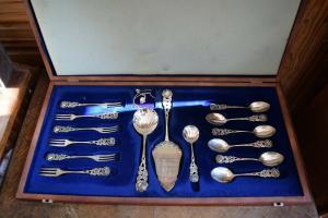 6 Personen Hildesheimer Rose Antiko 800-er Silber 15 Teile + Kette mit Anhänger