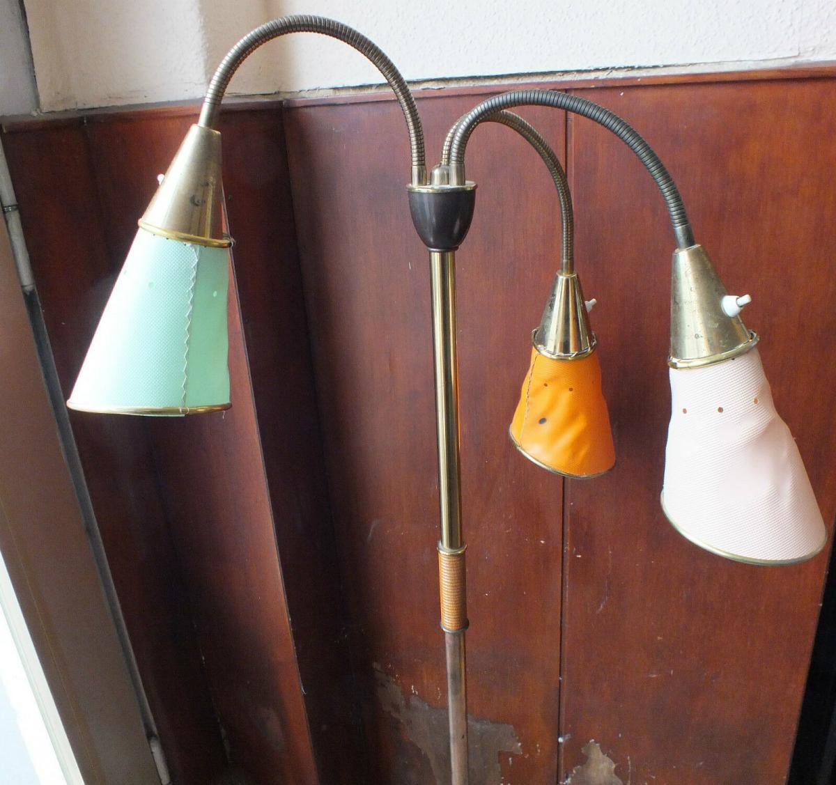 Schöne Stehlampe mit 3 Tüten, 50-er Jahre, biegsam, Messing, Selten und Toll!!! 3