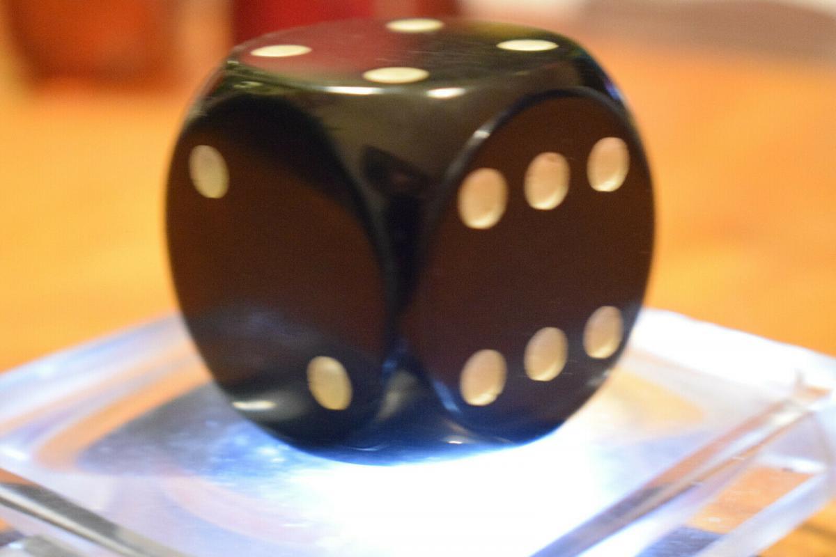 Würfel DDR Kunstharzwürfel 3,2 x 3,2 cm, schwarz 4