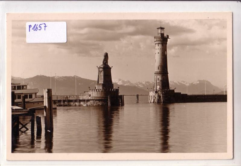 Lindau Bodensee Hafeneinfahrt / Leuchtturm