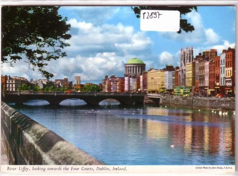 River Liffey Four Courts Dublin Ireland Irland