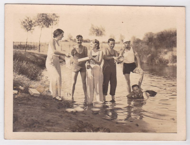 Foto privat Stever Pfingsten 1933 Auf dem Wege zum Halterner-See Kanu-Tour