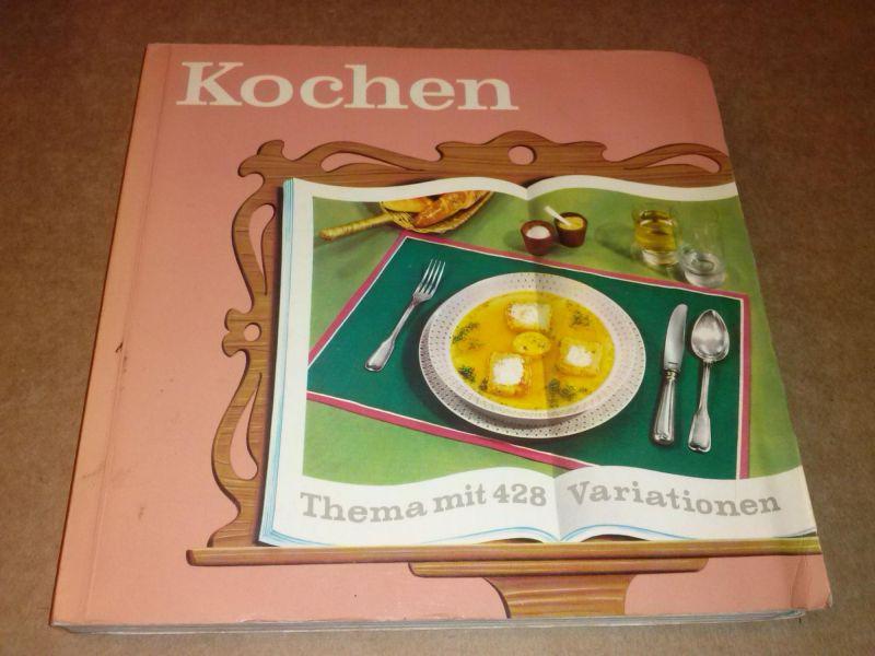 Kochen - Thema mit 428 Variationen - entwickelt und erprobt vom Maggi Kochstudio - Beratung in allen Küchenfragen - 1. Auflage 1962 - Griffregister seitlich - gelb-blau-rot-grün sind die Farben im Register - 1. startet mit gelb, danach laufen die Farbe...